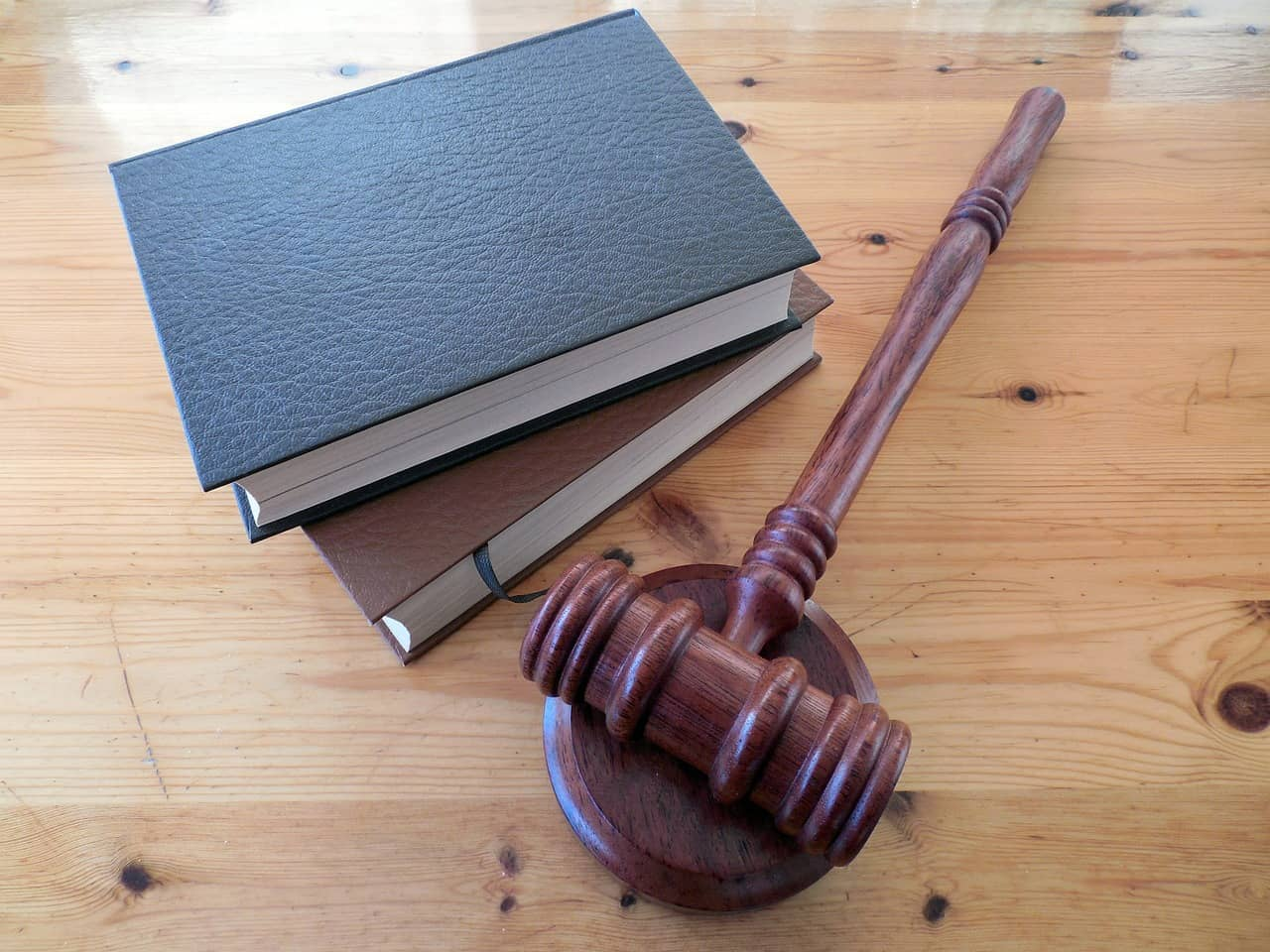 עורך דין מיסים ראשית